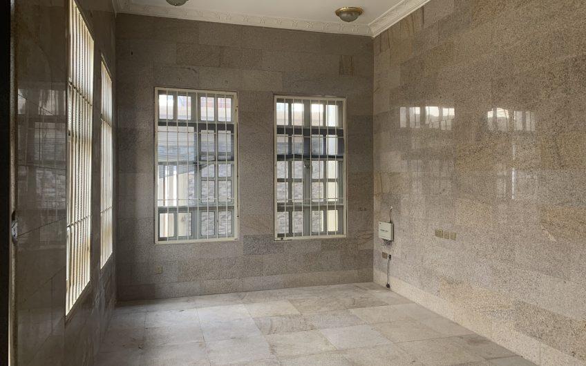 Massive 8 bedroom detached duplex