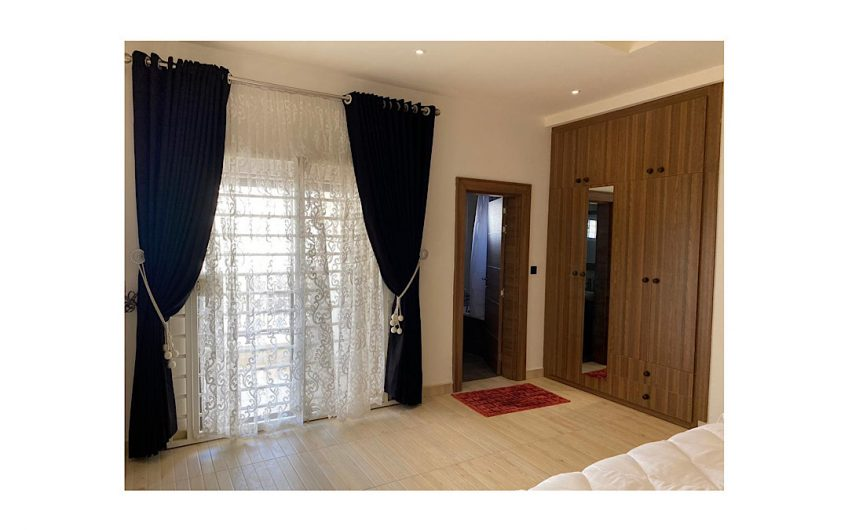 Meticulously furnished 4 bedroom semi-detached duplex